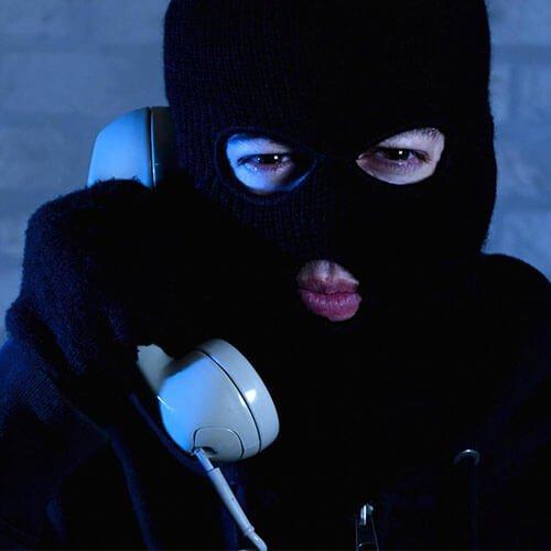 تماس جعلی آیفون